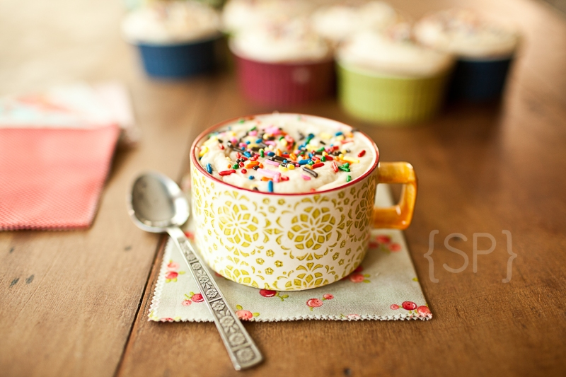 Vanilla Cupcakes 2 © Shiloh Photography