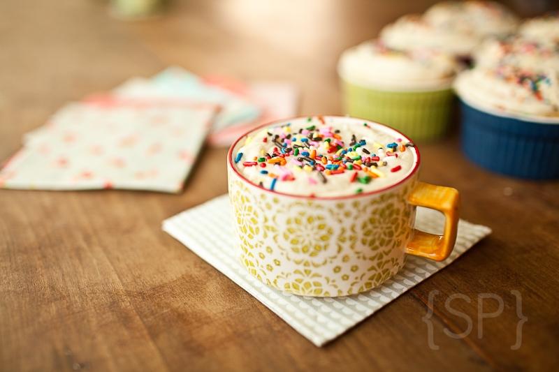 Vanilla Cupcakes 8 © Shiloh Photography